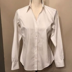 🦋🌟Beautiful Brooks Brothers fitted shirt.